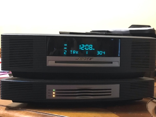 Bose wave music system bundle with multi CD changer