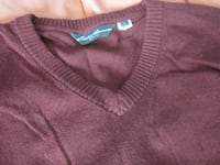 Brand New Eddie Bauer men's Fashion Light Pullover V-Neck Burgundy Sweater - Size XL