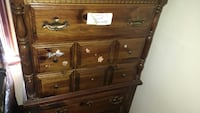Brown wooden 5-drawer chest vintage  Vancouver, V5T