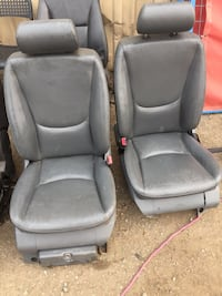 3 sets of leather power seats Abbotsford, V2T 6H7