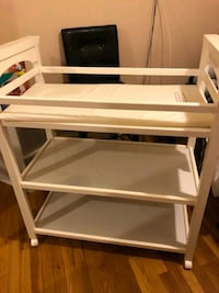 Baby changing table Rockville, 20853