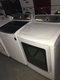 Samsung top  load washer and dryer set in excellent condition
