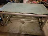 glass table/ TV stand  Lancaster, 93534