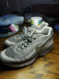 pair of gray Nike running shoes Phoenix, 85035
