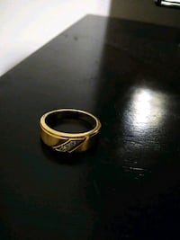 mens 10K  gold ring with 3 diamond stones on top..brushed finish Spring Hill