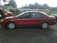 2002 TAURUS 120K MILES. CLEAN.  RUNS EXCELLENT  Akron, 44319