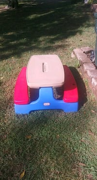 blue and red ride-on toy Ellisville, 63011