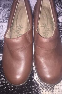 Clogs leather shoes