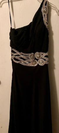 Women's black and silver formal dress. Size 10  San Antonio, 78249