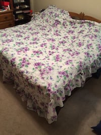 Full/Double bed spread and 4 curtains Brandon, 33511