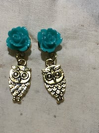 Gold owl and teal  flower Hawthorne, 90250