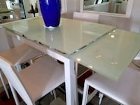 Extendable Glass Table  Orlando, 32837