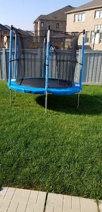Trampoline with Enclosure, 8-ft for Sale Brampton