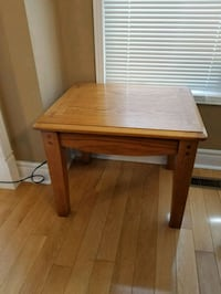 "End table 22"" x26"" x21"" high Brampton, L6R 1L5"