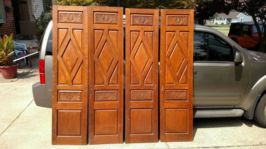 used two brown wooden cabinet doors for sale in easton letgo rh us letgo com used kitchen cabinet doors for sale near me used cupboard doors for sale