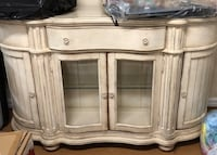 Horchow White wooden cabinet with drawer Plandome Heights, 11030