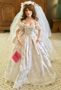 Paradise Galleries - Bride Doll Lily Wakarusa, 46573