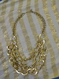 Nice gold tone neckless  make me an offer
