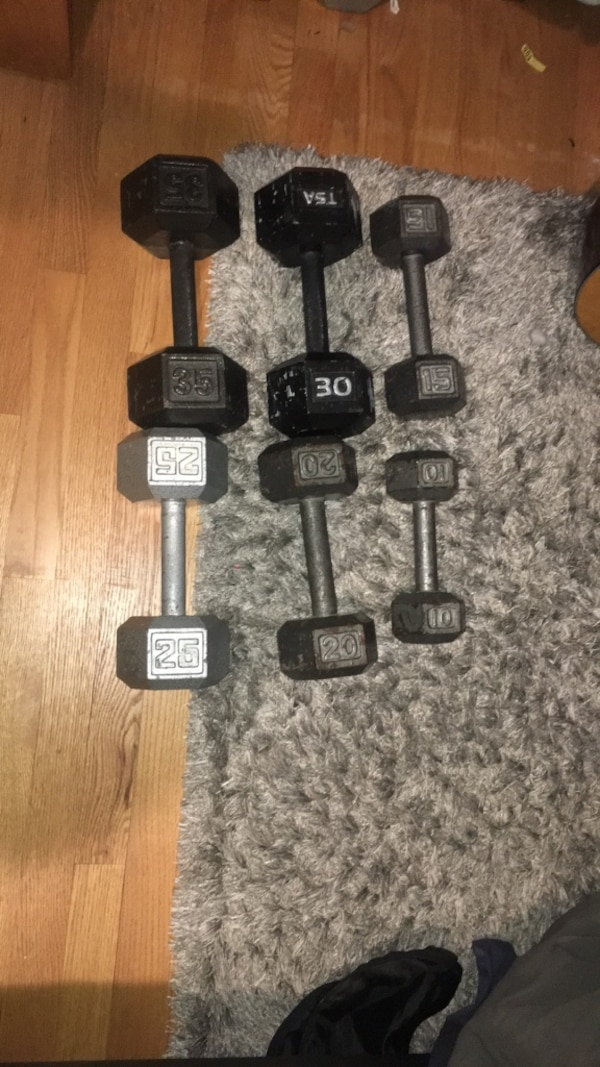 Dumbbell set 10-35 pounds