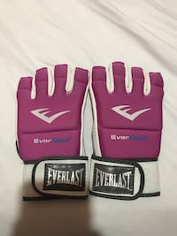 white-and-pink Everlast gloves