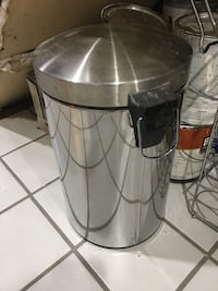 Small stainless trash can Fairfax, 22030