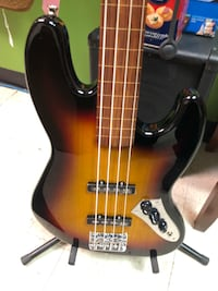 New four string Harley Benton fretless jazz bass Des Moines, 50315