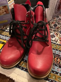 CAT women boots in red Houston, 77056
