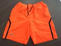 Under Armour Board Shorts - Size S Gatineau, J9J