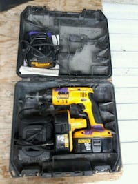 Awesome drill two battery and two chargers  Surrey, V3R 0E6