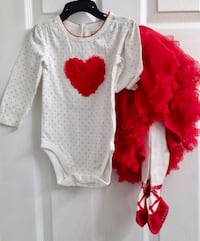 BNWT 12-18m children's place 2 piece outfit