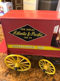 Vintage Plastic Horse and Buggy Toy