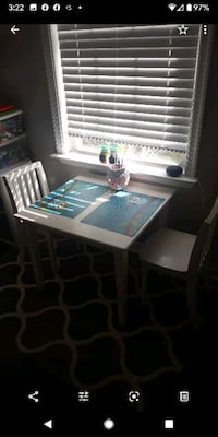 Kids Wood Table w/Chairs