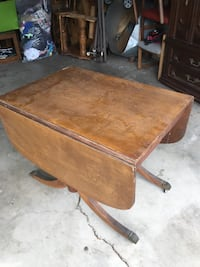 Vintage table  Atwater, 95301