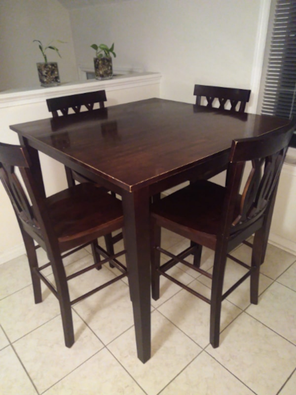 Dining table bar height with 4 chairs