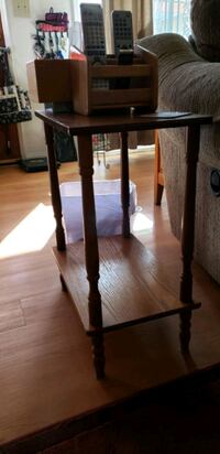 couch end table Lancaster, 93534