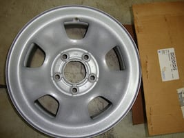 NEW Chevy Astro Van wheel