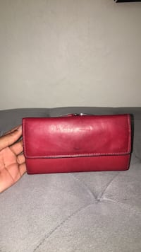 Red genuine leather bi-fold wallet Virginia Beach, 23453