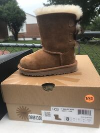 Toddler Size 8 Uggs  Alexandria, 22310