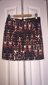 black and brown floral skirt Montréal, H1C 1S1