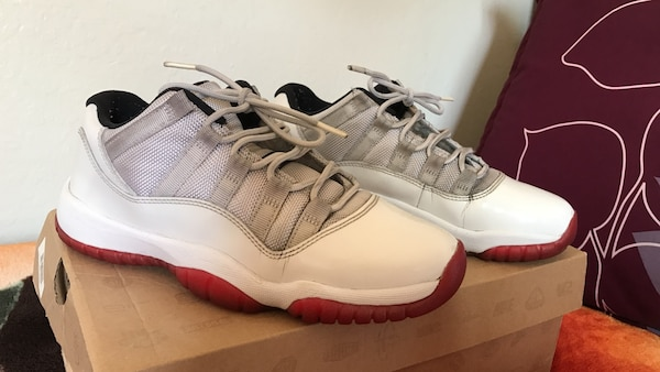 4c1e576adbd0c2 Used white and red air jordan 9 size 5.5 boys for sale in Oakland ...