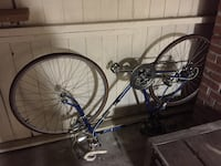 Vintage racing bicycle needs a tune up