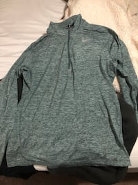 BRAND NEW NEVER WORN NIKE SHIRT Modesto, 95356