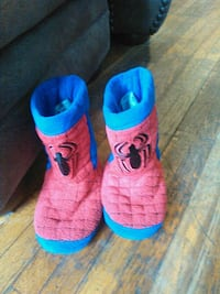 red-and-blue Spider-Man slippers Tulsa, 74120
