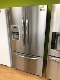 Stainless Steel Maytag French Door Refrigerator  Woodbridge, 22191