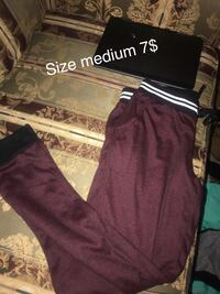 medium maroon and white sweatpants Pueblo, 81001