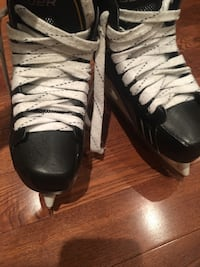 Bauer one.s practically NEW youth 2.5 D Toronto, M4E 3B7