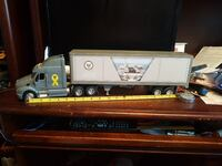 18 wheeler Navy 21 inches long Vaughan, L4J 6W6