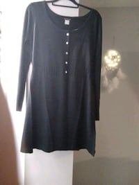 New cute sweater  size med Newmarket, L3Y