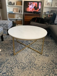 """36"""" round coffee table. Faux marble top. Still in box from Wayfair.  Toronto, M6P 2M5"""