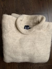 Vintage 100% wool Gap sweater  Whitchurch-Stouffville, L4A 0V3